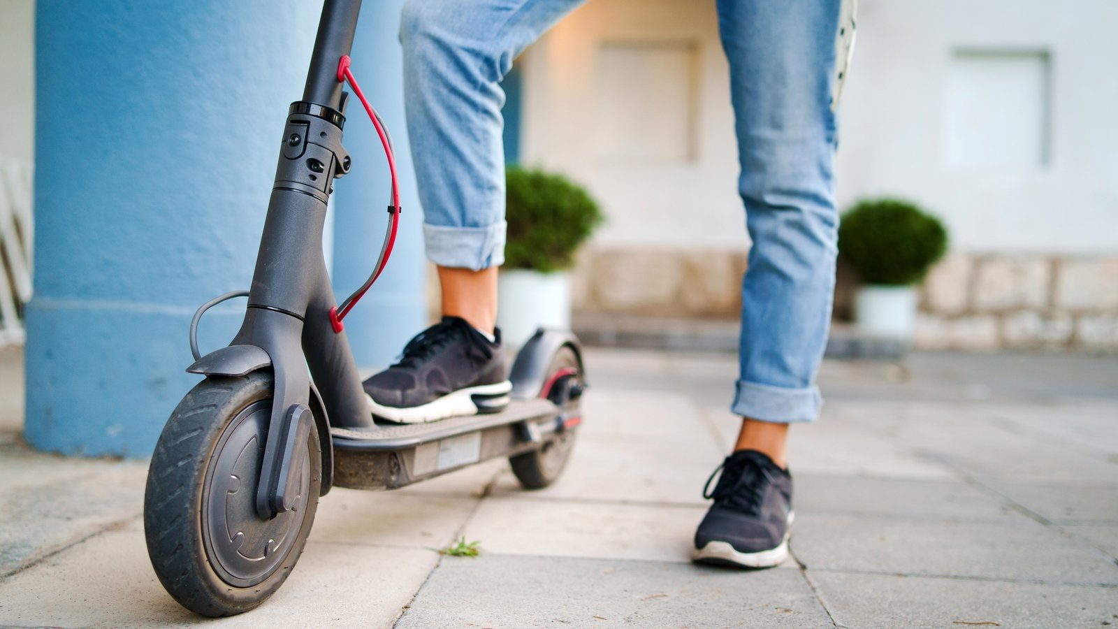 Casualty Update Series (Part 2) – RTA Insurance Update: compulsory insurance – Europe & e-scooters